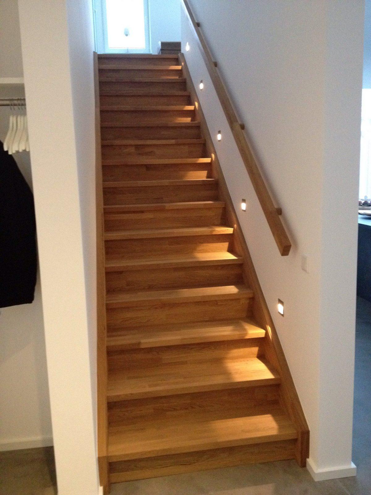 Treppenbeleuchtung  Ein Neues Haus … von Flur Und Treppenbeleuchtung Mit Bewegungsmelder Bild