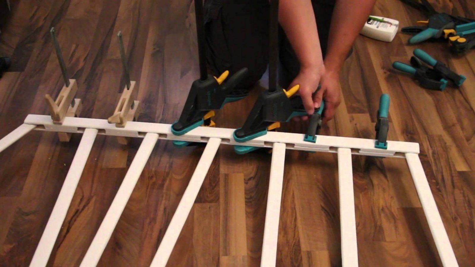 Treppenschutzgitter Im Eigenbau  Youtube von Kindersicherung Treppe Selber Bauen Bild