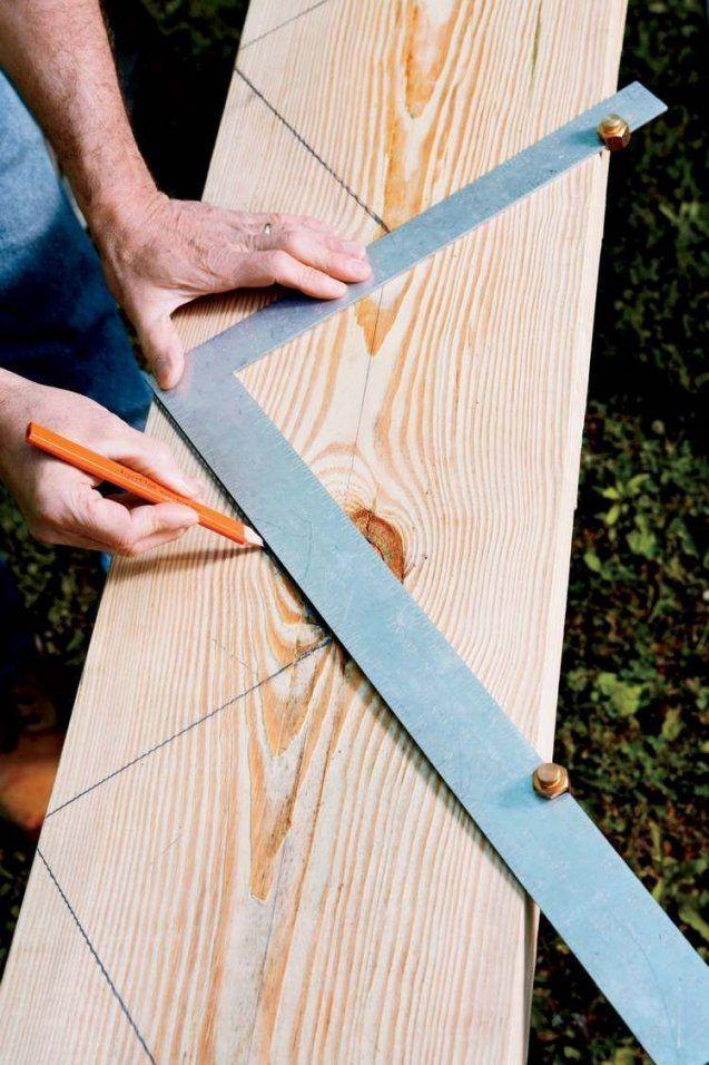 Treppenwangen Messungen Mit Bleistift Auf Holzbrett Markieren von Holztreppe Außen Selber Bauen Photo