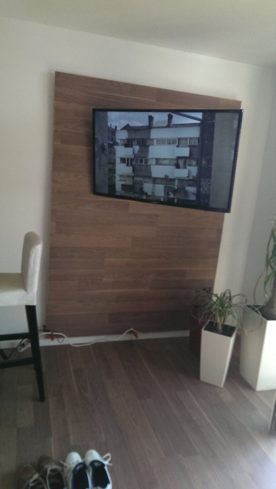 Tv Wand Selber Bauen Rigips Mit Renovierungs Tipp Eine Kleine Tv von Tv Wand Selber Bauen Rigips Bild