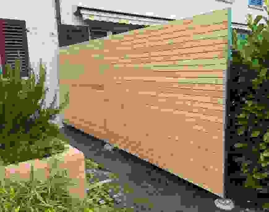 Überraschend Kleines Sichtschutz Fur Garten Holz Modern Rekem Lustig von Sichtschutz Garten Holz Modern Bild