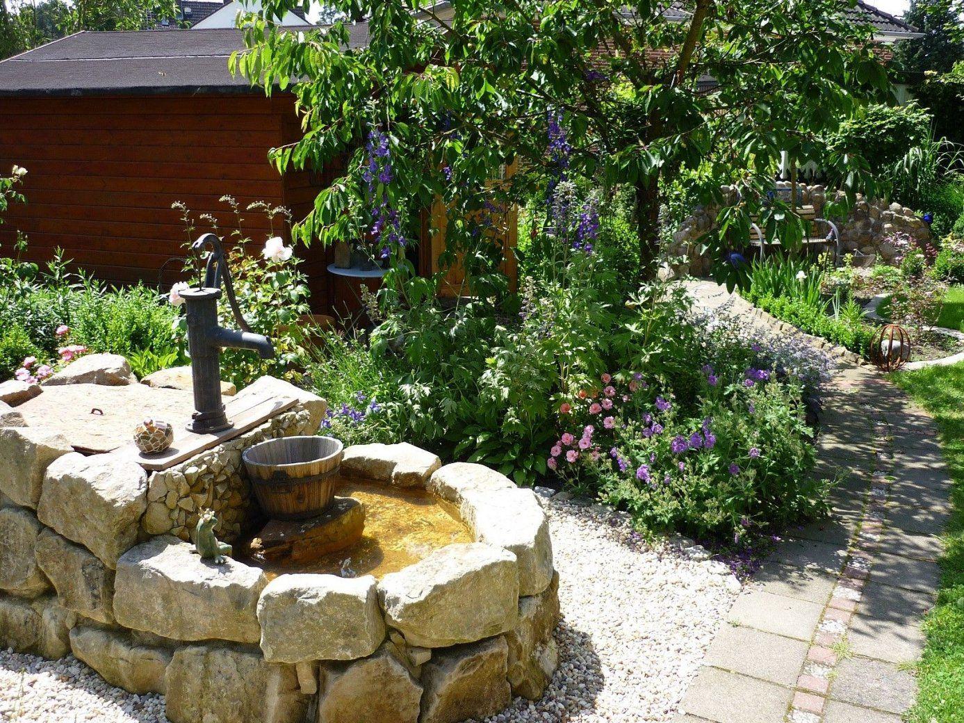 Unser Brunnen Im Garten 'funkelgrün'  Сад  Pinterest  Brunnen von Brunnen Im Garten Anlegen Bild