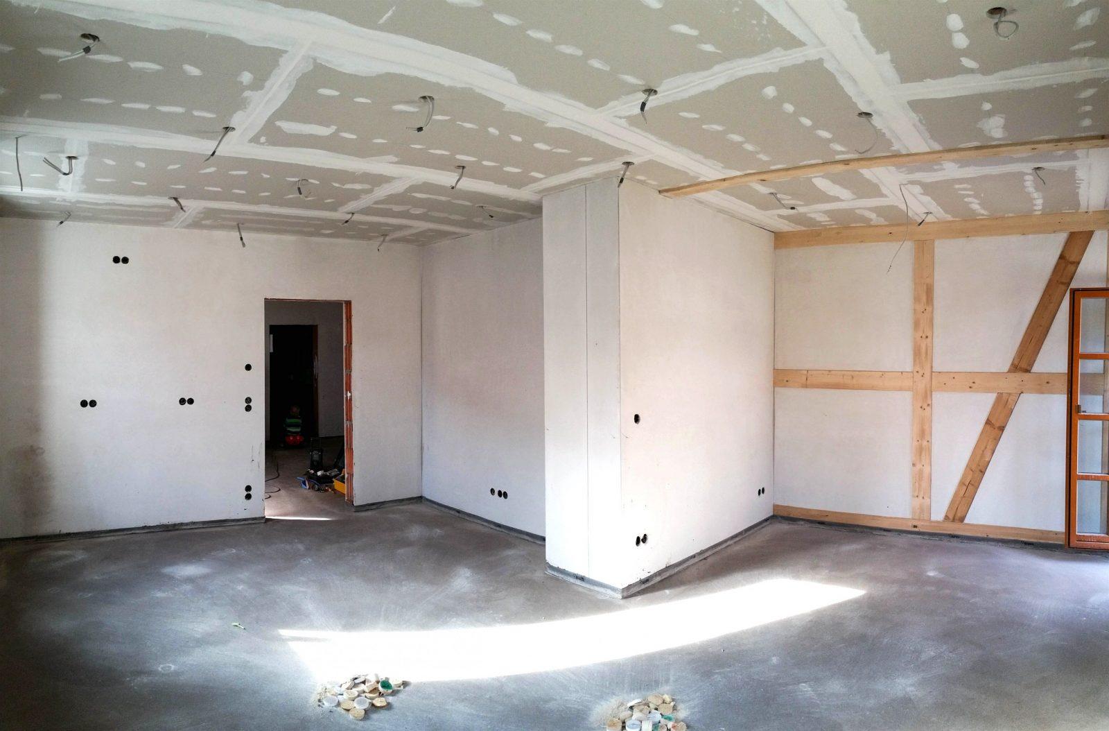 anordnung led spots wohnzimmer haus design ideen. Black Bedroom Furniture Sets. Home Design Ideas