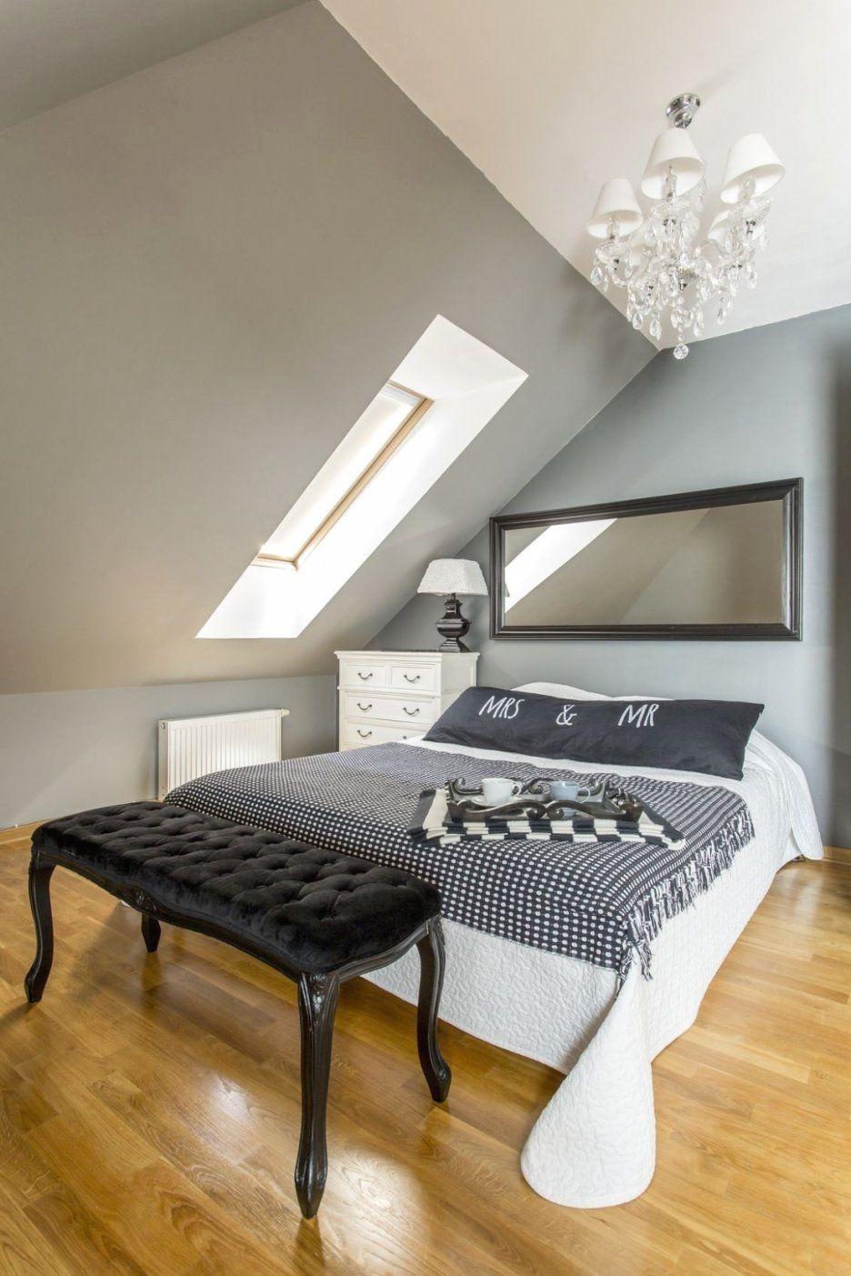 Verwunderlich Wandtattoo Dachschräge Schne Ideen Wandtattoo von Wandtattoo Für Schräge Wände Bild