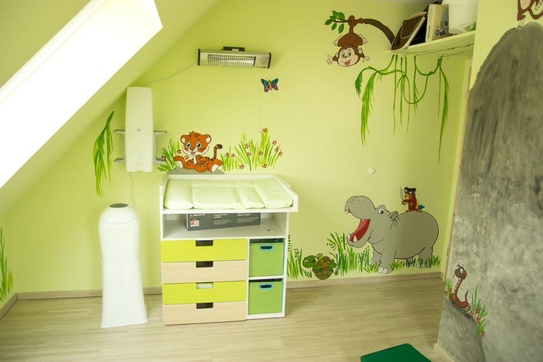 Vibrant Idea Farbgestaltung Kinderzimmer  Home Design Ideas von Farbgestaltung Kinderzimmer Mit Dachschräge Bild
