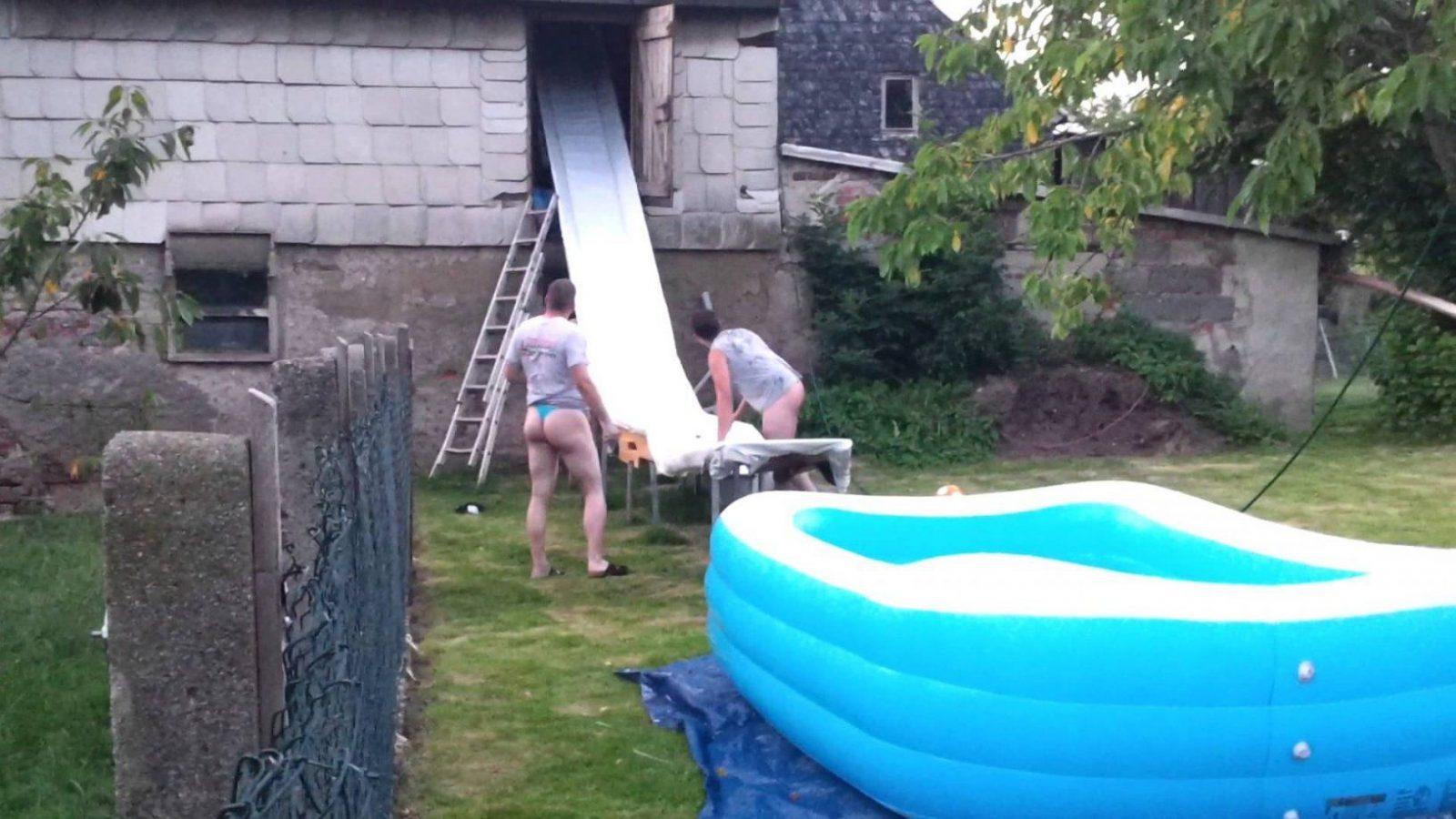 Wasserrutsche Marke Eigenbau  Youtube von Pool Rutsche Selber Bauen Photo