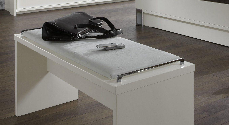 Ablage f r kleidung im schlafzimmer haus design ideen - Ablage schlafzimmer ...