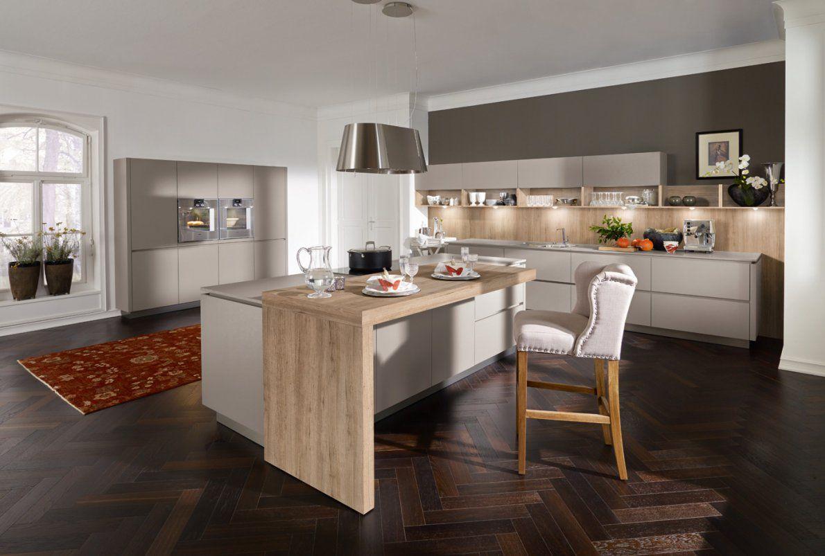 Weisse Küche Dunkler Boden – Interior Design Ideen Architektur Und von Weisse Küche Dunkler Boden Bild