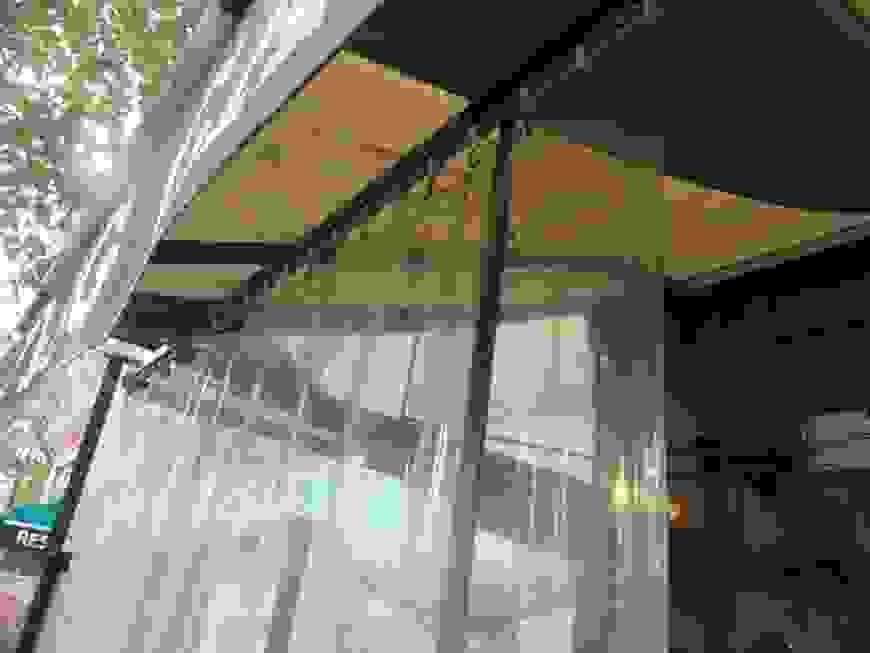 Wetterschutz Für Den Balkon Zum Werkspreisallwetterschutz Von Balkon von Windschutz Balkon Ohne Bohren Bild