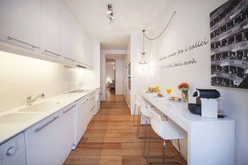 Wie Kann Ich Eine Schmale Küche Einrichten  Schmale Küche Küche von Kleine Schmale Küche Einrichten Bild