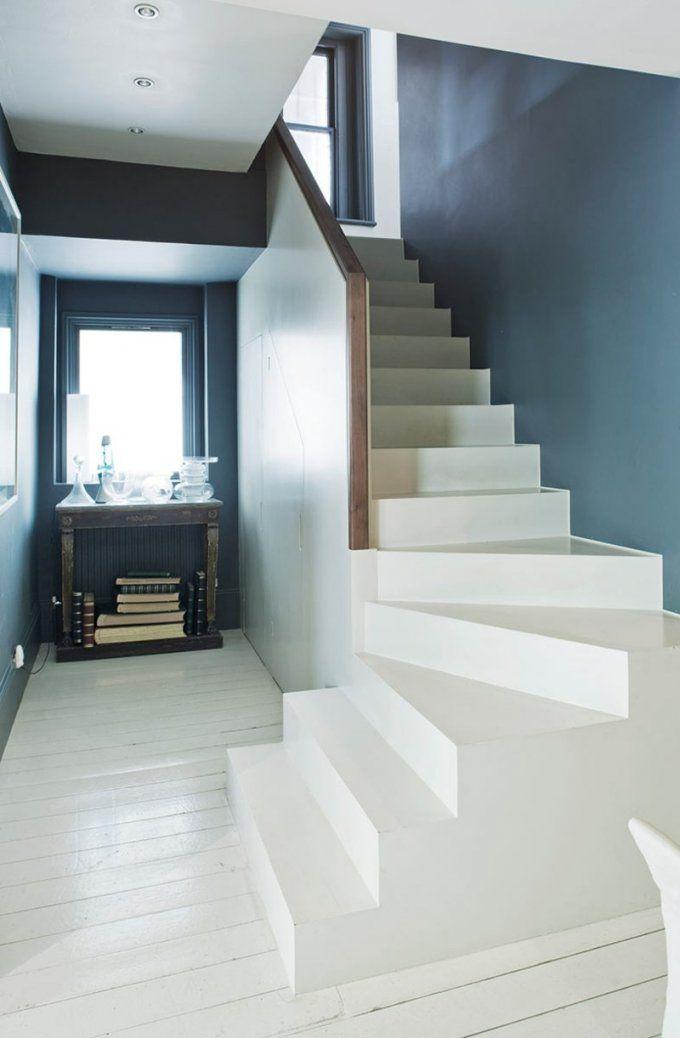 Wohnideenfuerflurmodernshabbyblaugraudunkeltreppeweiss von Wohnideen Flur Mit Treppe Bild