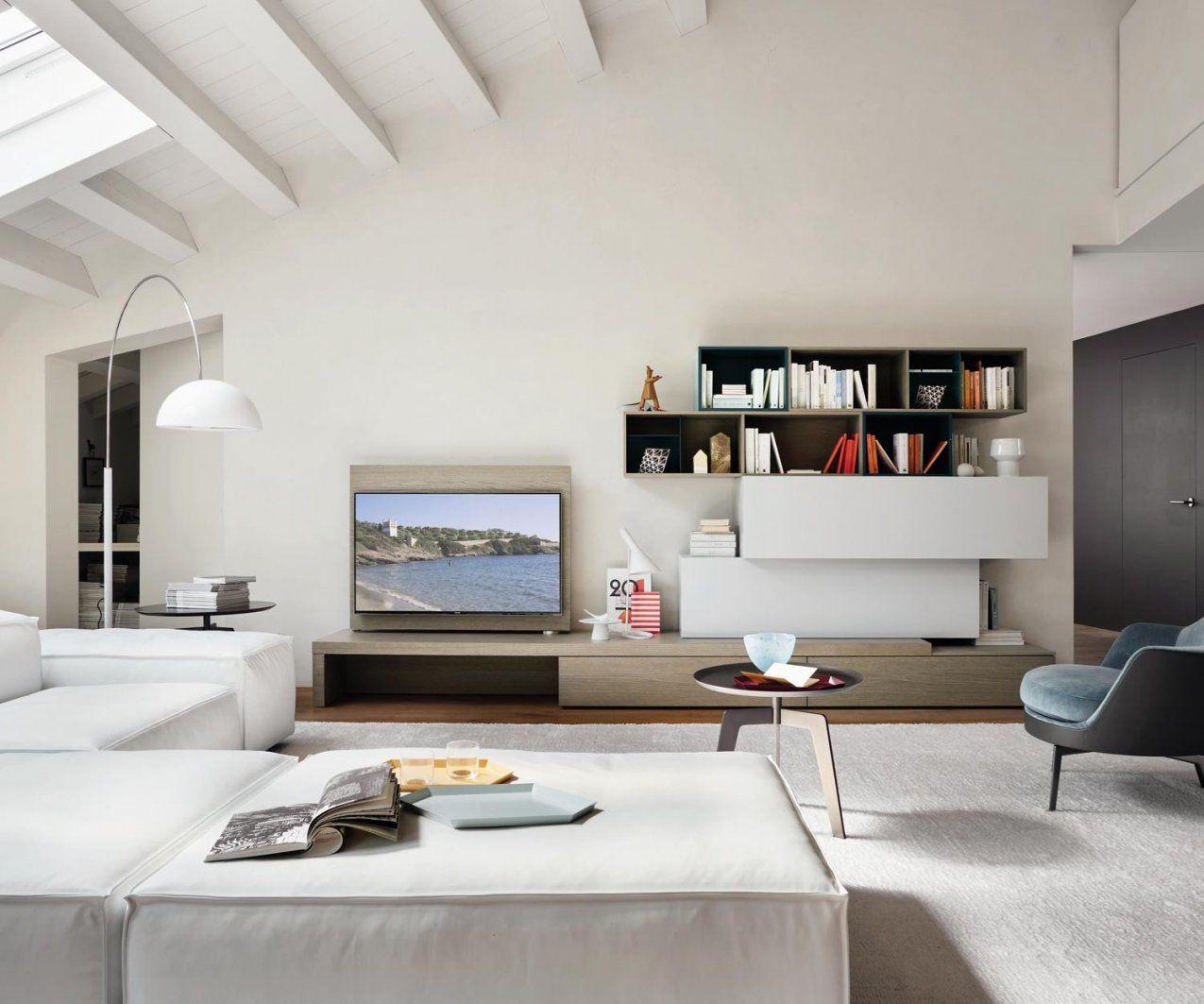 Wohnwand C44 Mit Tv Paneel Und Schreibtisch von Wohnwand Mit Integriertem Schreibtisch Photo