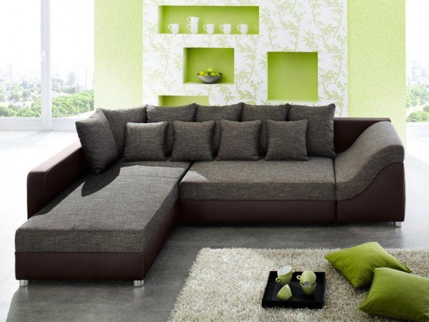 Welche farbe passt zu grauer couch conanpartners for Wohnzimmer couch gunstig