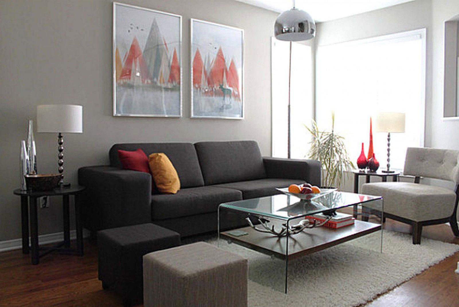 Wohnzimmer Couch Modern Grau Wandfarbe Sofa Schwarz Mit Sessel Im von Anthrazit Couch Wohnzimmer Farbe Photo