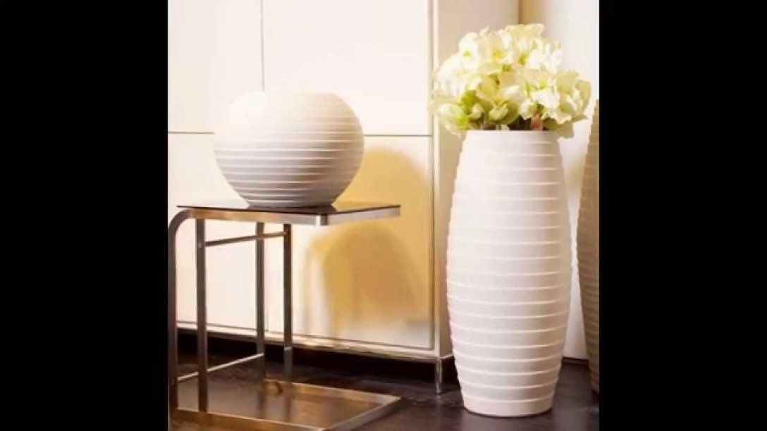 Wonderful Tall White Floor Vase 54 With Additional Online Design von Large White Floor Vase Bild