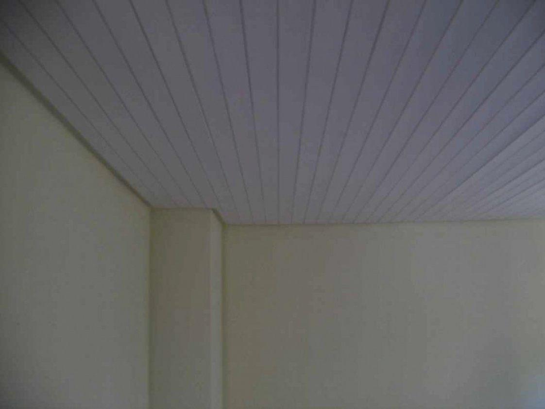 Wunderbare Dunkle Holzdecke Weis Streichen Selbst Schritt Für von Dunkle Holzdecke Weiß Streichen Photo