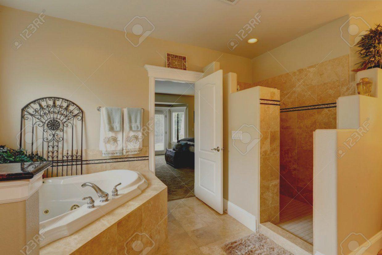 Wunderbare Luxus Badezimmer Mit Whirlpool Modern Bolashak Info von Luxus Badezimmer Mit Whirlpool Bild