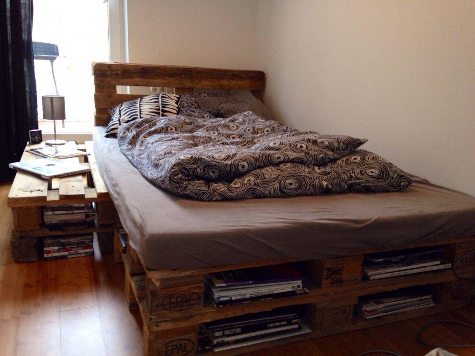 Wunderschöne Europaletten Bett Bauen So Kann Man Alte Paletten Auch von Europaletten Bett Bauen 140X200 Photo