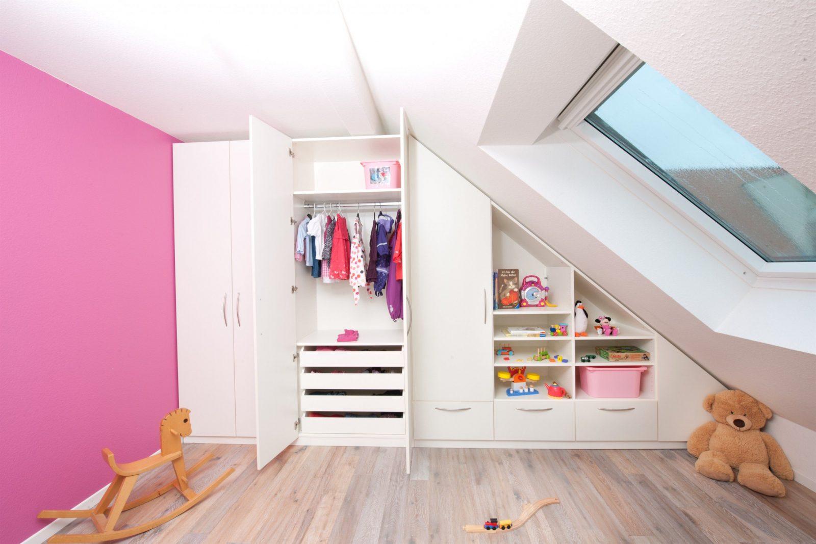 Wunderschöne Inspiration Kinderbett Dachschräge Und Phänomenale von Farbgestaltung Kinderzimmer Mit Dachschräge Bild