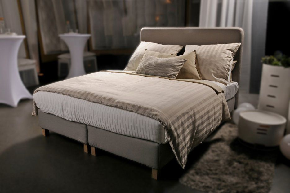 zuhause bei ikea ikea boxspring und polsterbetten von ikea boxspringbett mj lvik test bild. Black Bedroom Furniture Sets. Home Design Ideas