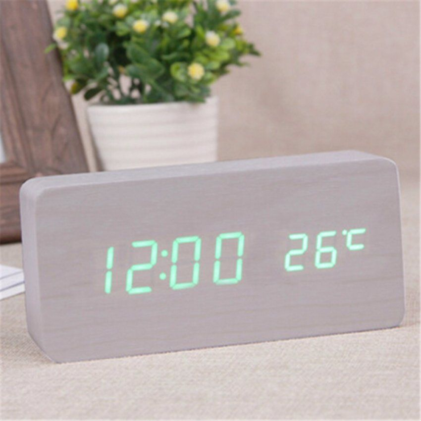 Zuhause Krankenbett Schweigen Uhren Digitale Grne Led Uhr Holz Uhren von Digitale Uhren Fürs Wohnzimmer Photo