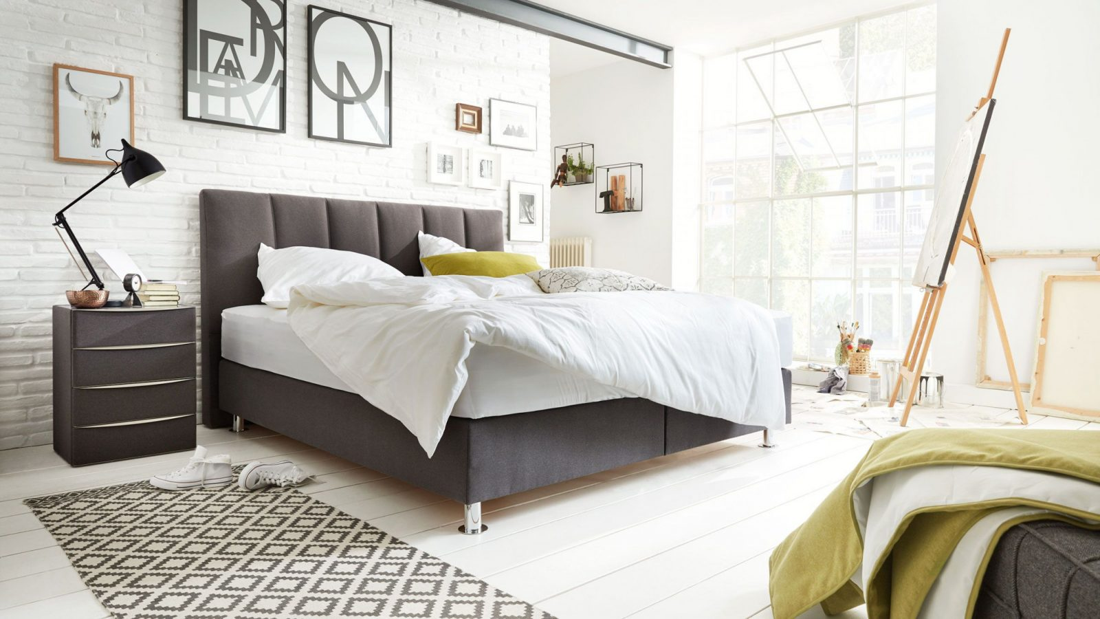 Auch Im Schlafzimmer Kann Der Loftstil Einziehen von Schlafzimmer Ideen Boxspringbett Bild