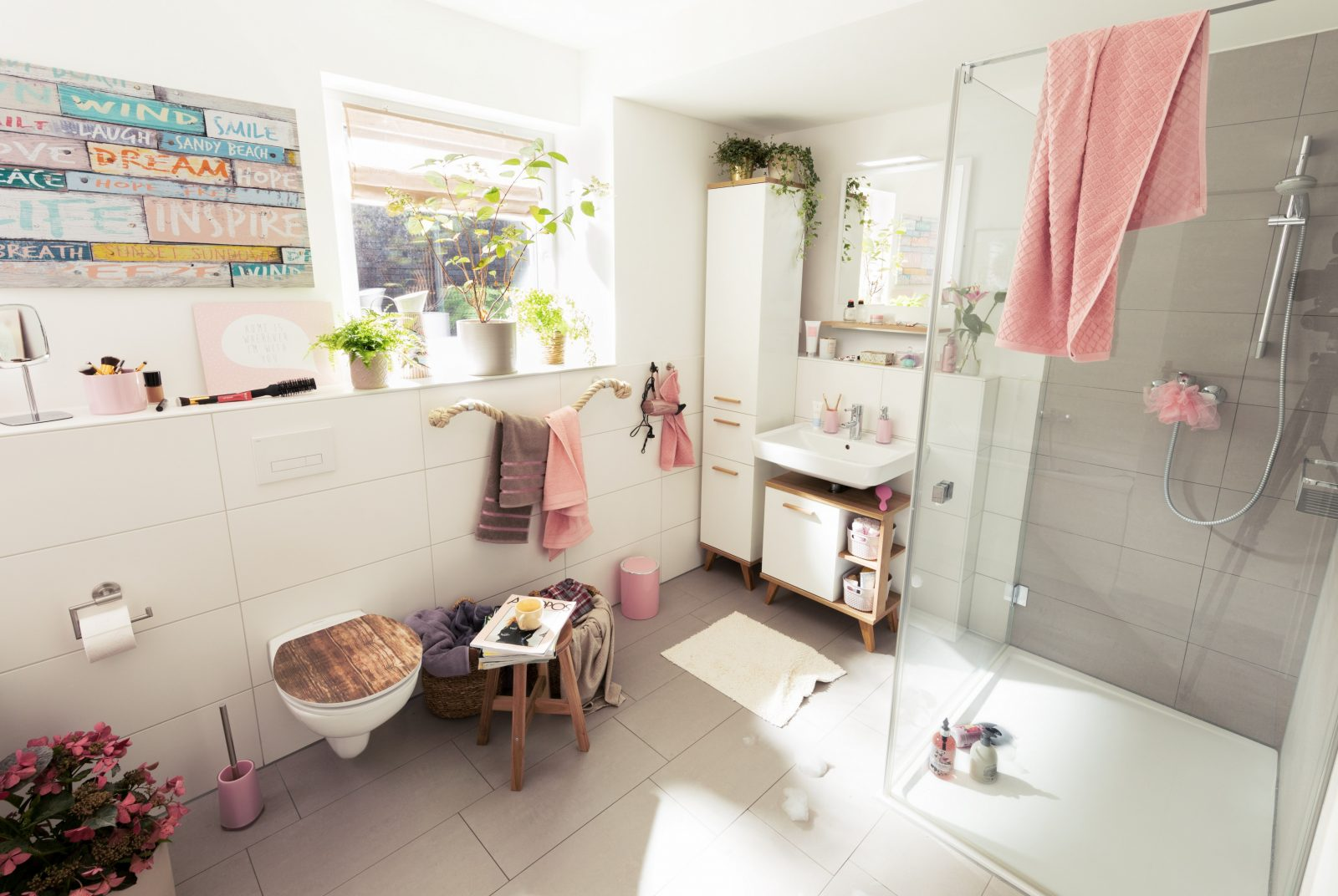 Badezimmer Dekorieren – Wohlfühlatmosphäre Im Bad  Obi von Badezimmer Verschönern Dekoration Bild