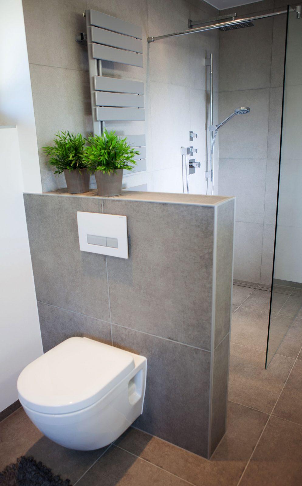 Badezimmer  Fürdőszoba  Badezimmer Badezimmerideen Und Wc von Fliesen Kleines Badezimmer Ideen Photo