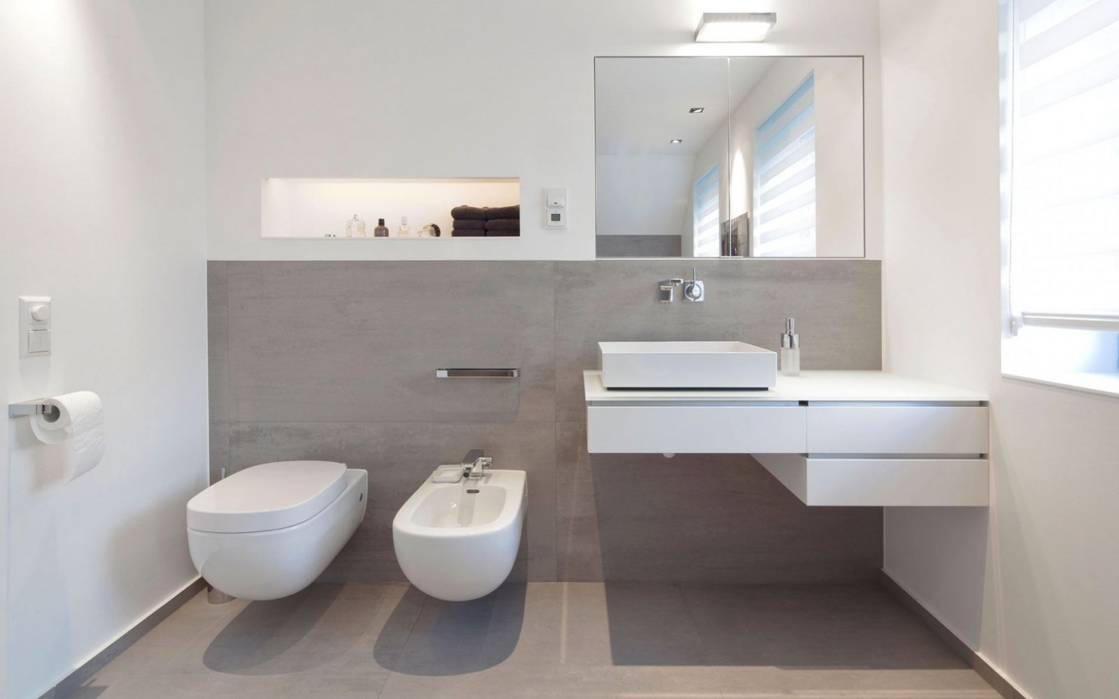 Badezimmer Ideen Fernen Verführerisch Moderne Badezimmer von Badezimmer Fliesen Modern Photo