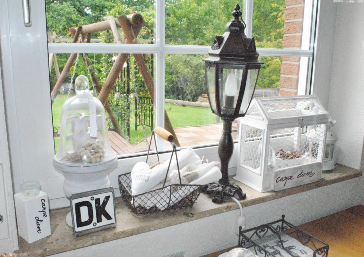 Fensterbank Küche Dekorieren  Fensterbänke  Küche Deko von Fensterbank Dekoration Landhausstil Photo