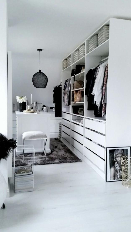 Ikea Pax Ankleidezimmer Inspiration Weiss  Cuarto In 2019 von Schlafzimmer Schrank Ideen Bild