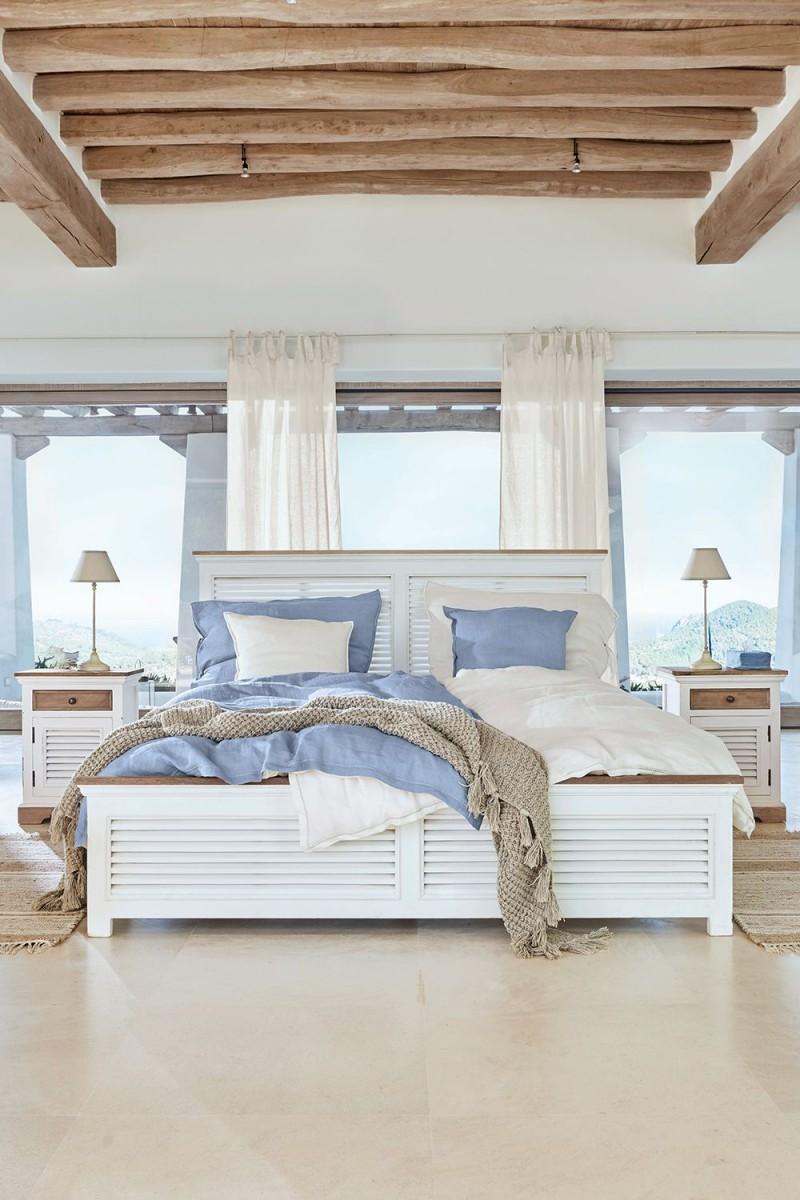 Maritimes Flair Für Dein Schlafzimmer Weiß Und Helles Blau von Schlafzimmer Weiß Ideen Photo