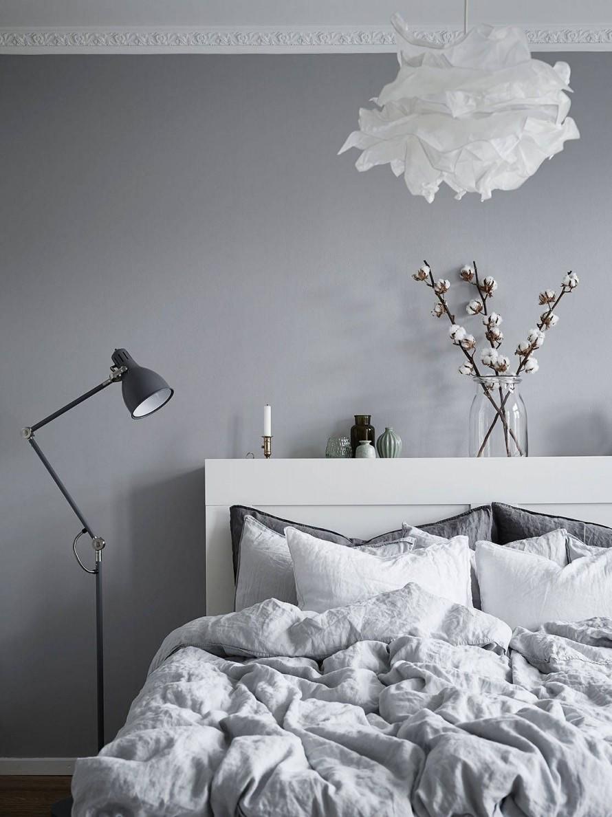Opzoeknaar Schlafzimmer Ideen Graue Wand  Inewhomesearch von Schlafzimmer Ideen Grau Photo