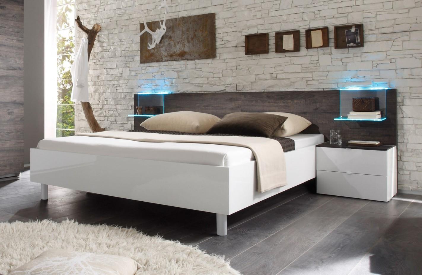 Schlafzimmer Attraktiv Schlafzimmer Weiß Ideen Glamourös von Schlafzimmer Weiß Ideen Photo