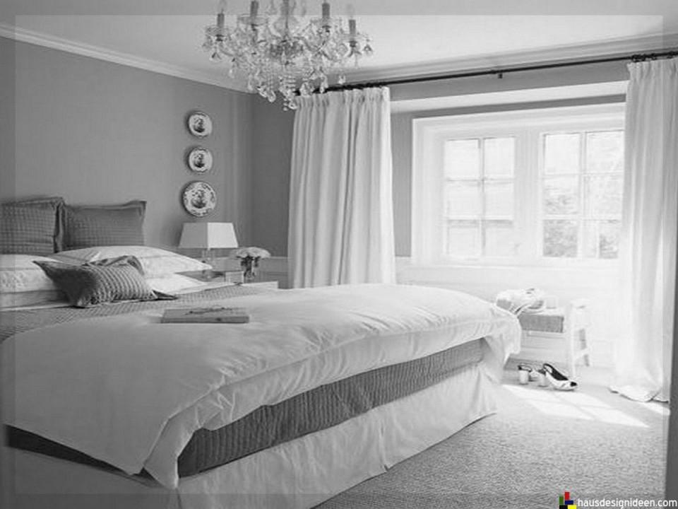Schlafzimmer Ideen Grau Weiß011  Sabine  Schlafzimmer von Schlafzimmer Ideen Weiß Bild