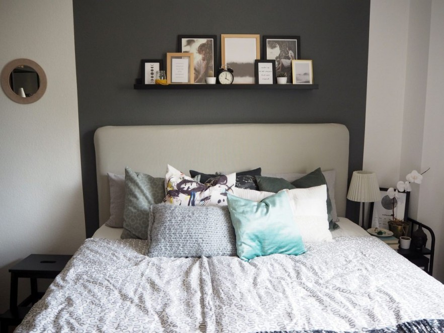 Schlafzimmer Wandgestaltung Grun Ideen Tapete Farbige von Schlafzimmer Ideen Wandgestaltung Photo