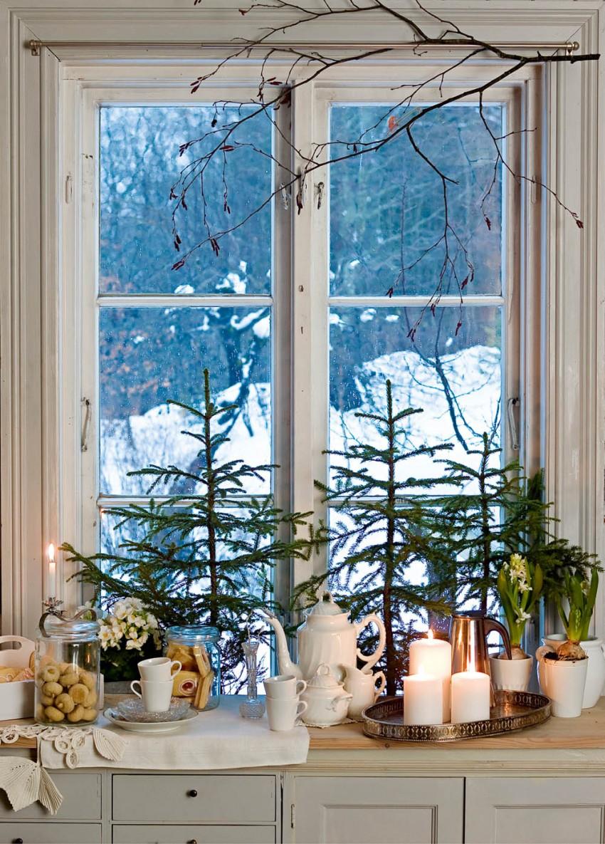 Weihnachten In Den Bergen von Dekoration Für Fenster Photo