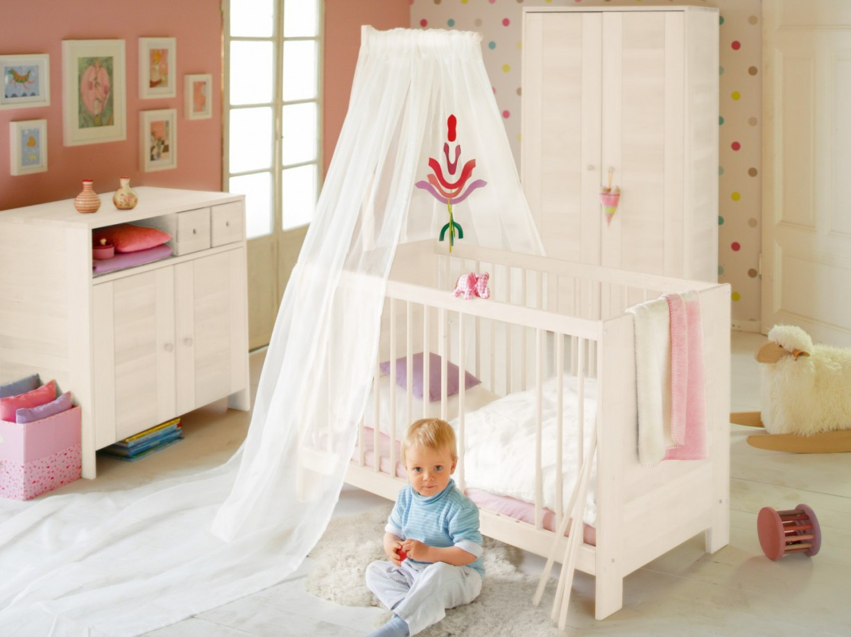 Komplettset Niklas Babyzimmer Kiefer Weiß Lasiert Mit Bionik Matratze von Babyzimmer Komplett Mit Matratze Bild