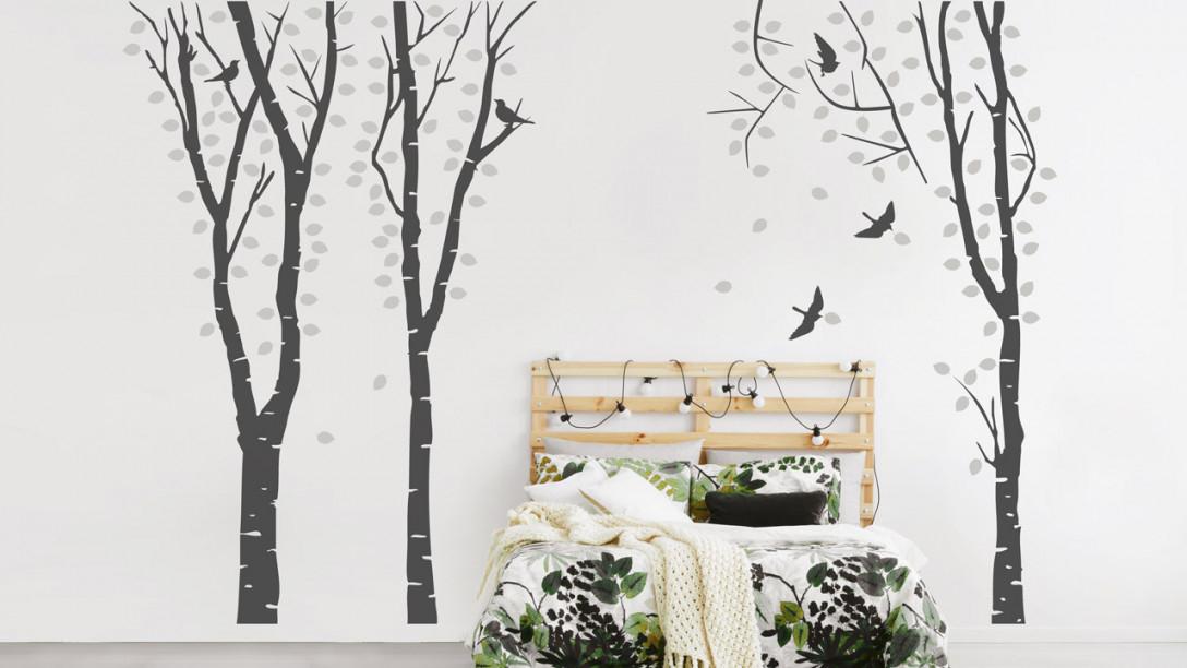 Bäume An Der Wand  Dekoration Mit Wandtattoos  Dekoration von Dekoration Schlafzimmer Wand Photo